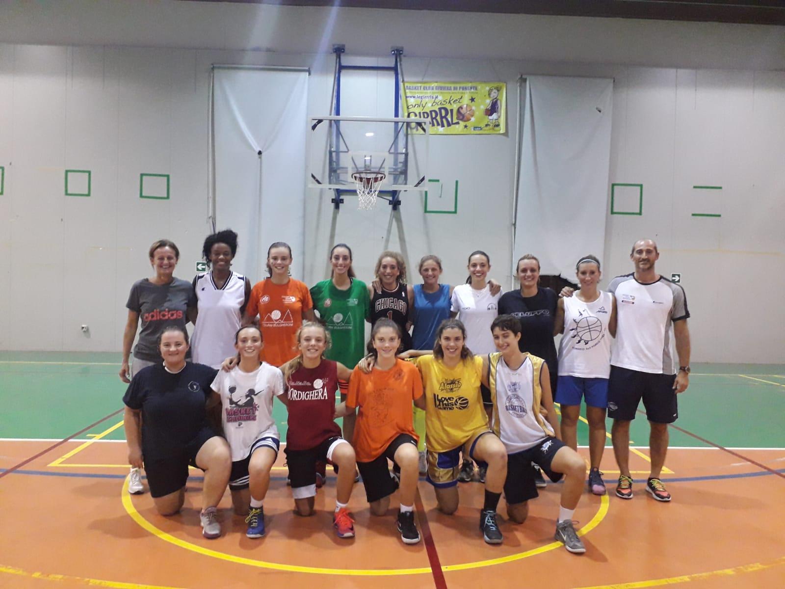 ... entra nel pieno la stagione delle due squadre maggiori di Blue Ponente  Basket 77fc7854a2b0
